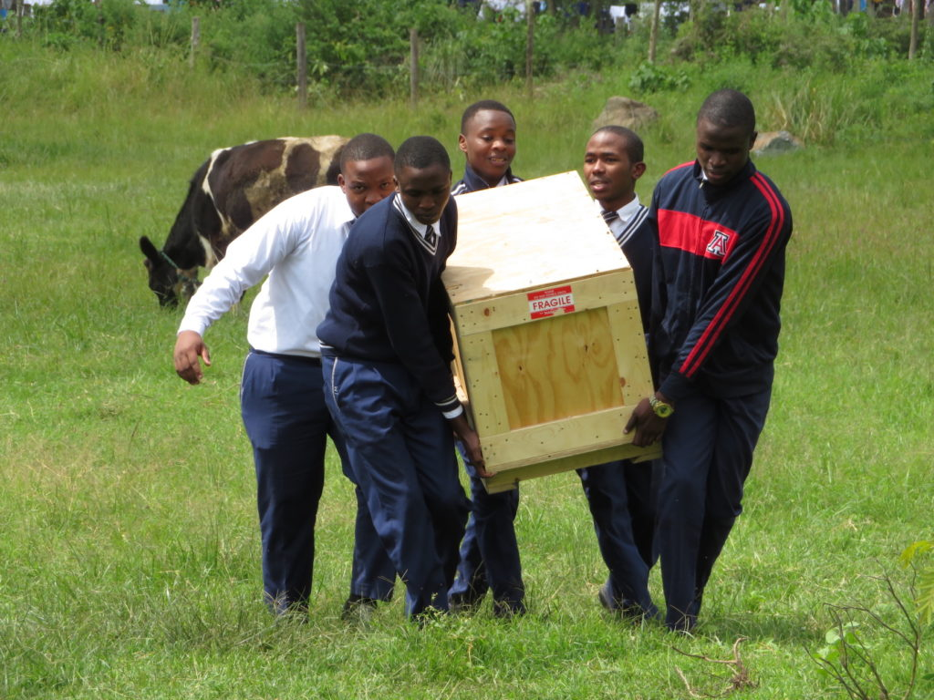MMAO - Telescope carried from Ailanga school to observatory